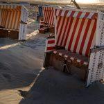 Einen Strandkorb an der Ostsee kaufen.